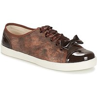 André  BOUTIQUE  women's Shoes (Trainers) in Brown