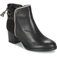 André  TIRON  women's Low Ankle Boots in Black