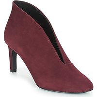 André  FILANE  women's Court Shoes in Red