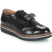 André  TAXIWAY  women's Casual Shoes in Black