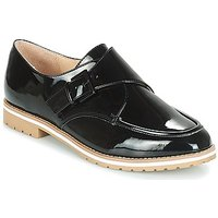 André  ACHILLE  women's Casual Shoes in Black