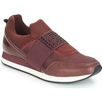 André  TIMI  women's Casual Shoes in Brown