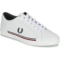 Fred Perry  B722  men's Shoes (Trainers) in White