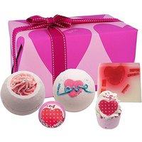 Bath Bomb You're So Cupid Gift Set.