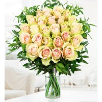La Belle - Free Chocs - White Roses Bouquet - Flower Delivery