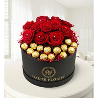 The Magnificent - Red Roses - Valentine's Flowers - Hat Box Flowers - Luxury Flowers