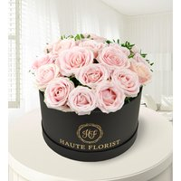 Sweet Sophistication - Hat Box Flowers - Luxury Flowers - Flowers in a Hat Box - Light Pink Sweet Avalanche Roses - Next Day Flowers