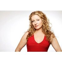 sarah-colonna-from-nb-caposs-last-comic-standing-netflixaposs-insatiable-after-lately-at-drafthouse-comedy-in-dc