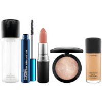 M*A*C Ultimate Bestsellers Kit (Various Shades) - NC42
