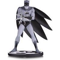 DC Collectibles Batman Black & White Statue Batman by Jiro Kuwata 16 cm