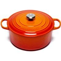 le-creuset-signature-cast-iron-round-casserole-dish-28cm-volcanic