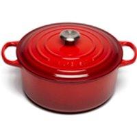 le-creuset-signature-cast-iron-round-casserole-dish-28cm-cerise