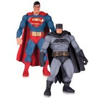 DC Collectibles DC Comics The Dark Knight Returns Batman and Superman 30th Anniversary 2 Pack Action Figure - 30th Gifts