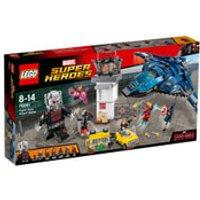 LEGO Marvel Super Heroes: Captain America Civil War Super Hero Airport Battle (76051)