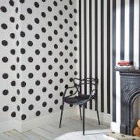 Superfresco Easy Kids' Monochrome Black/White Stripe Wallpaper