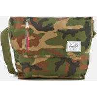 herschel-supply-odell-messenger-bag-woodland-camo-multi-zip