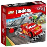 LEGO Juniors: Cars 3 Lightning McQueen Speed Launcher (10730) - Disney Cars Gifts