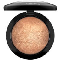 MAC Mineralize Skinfinish Highlighter (Various Shades) - Gold Deposit