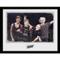 5 Seconds of Summer Live Pose - 16 x 12 Inches Framed Photograph - 5 Seconds Of Summer Gifts