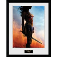 Wonder Woman Stand - 16 x 12 Inches Framed Photograph - Wonder Woman Gifts