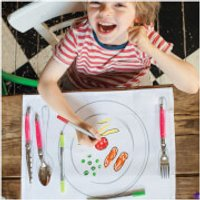 Doodle Plate Placemat to Go - Colour Your Own Placemats with 10 Wash Out Pens - Pens Gifts