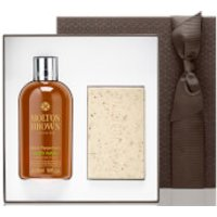 Molton Brown Mens Re-Charge Black Pepper Essentials Gift Set
