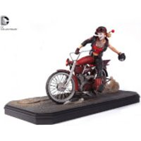 DC Collectibles DC Comics Batman Gotham City Garage Harley Quinn Statue