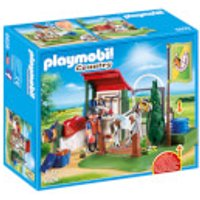 Playmobil Country Horse Grooming Station with Functional Water Pump (6929) - Horse Gifts