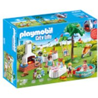 Playmobil City Life Housewarming Party with Illuminating Bunting and BBQ (9272) - Life Gifts