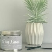 La de da! Living Sassy Wax Dog Lover - Unconditional Love and Unlimited Cuddles Candle 300g - Cuddles Gifts