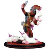 Marvel Deadpool Unicorn Selfie Diorama Q-Fig - Selfie Gifts