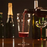 Pint-O-Wine Glass