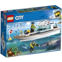 LEGO City Great Vehicles: Diving Yacht (60221)