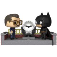 Batman with Light Up Bat Signal Pop! Movie Moment - Batman Gifts