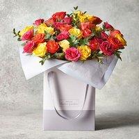 Medium Sweetheart Roses Gift Bag Vibrant