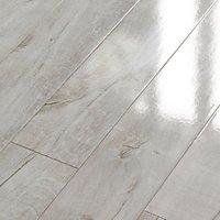 Wickes Chenai Light Grey High Gloss Laminate Flooring - 2.19m2 Pack
