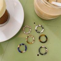 Kinling Best Selling Multicolor Acrylic Resin Rings Simple Design Finger Rings for Ladies