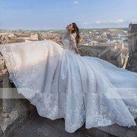 Fmogl Luxury Appliques Court Train A-Line Wedding Dresses 2019 Fashion Scoop Neck Lace Up Princess Bridal Gown Vestido de Noiva