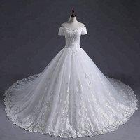 Bridal Gowns Long Train 3D Flowers Lace Luxury Wedding Dress  Puffy  Off Shoulder Wedding Dress White Lace 2018 Wedding Dress