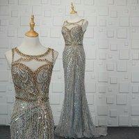 2018 Luxury Sleeveless Elegant Evening Dress Heavy Beaded Crystal High Neck Evening Dress Women