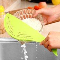 'Clean Rice Machine Rice-washing Manual Cartoon Stick Whale Animal Food-grade Plastic Kitchen Cooking Tools