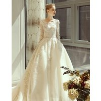 2019 New spring princess style long sleeve ladies wedding dress bridal gown