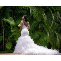 Sexy V-neckline Full beaded Backless Luxury Ruffled Mermaid Wedding gowns MWA07