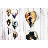 €12.07 instead of €50.20 for a three-piece set of personalised hanging hearts from Colour House - save 76%