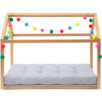 Cabin bed for dolls