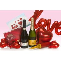 £29.99 instead of £51.93 (from San Jamon) for a Valentine's Day gift hamper - save 42%
