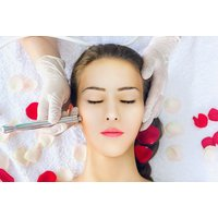 £19 for a diamond-abrasion facial at Ky Dolce Skin Clinic, Manchester - Manchester Gifts
