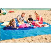 £7.99 instead of £29.99 (from Wow What Who) for a large magic anti-sand beach blanket, or £9.99 for an extra-large beach blanket - choose from three colours and save up to 73% - Blanket Gifts