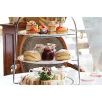 From £24 for afternoon tea for two people with spa access, from £35 for three people, or from £44 for four people at the Holiday Inn East Kilbride, Glasgow - save up to 43% - Glasgow Gifts