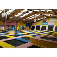 £5 instead of £14.50 for unlimited bounce for one person at Tramp2lean, Bradford – save 66% - Bradford Gifts